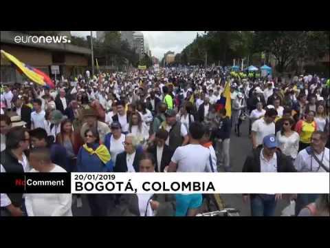 Une marche contre le terrorisme en Colombie