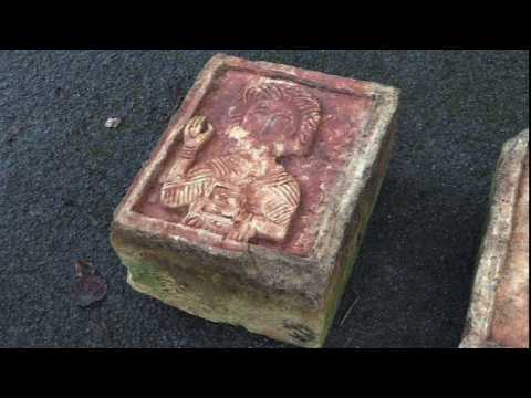 Art detective finds stolen Spanish carvings in English garden