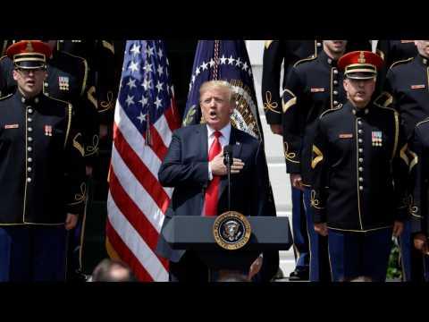 Trump keeps up blitz on NFL players, plans 'Celebration of America'