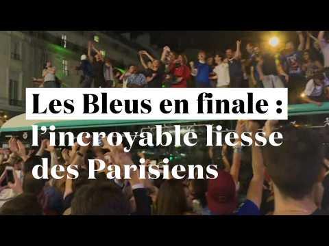 Les Bleus en finale : du toit des bus aux Champs-Elysées, la folie à Paris