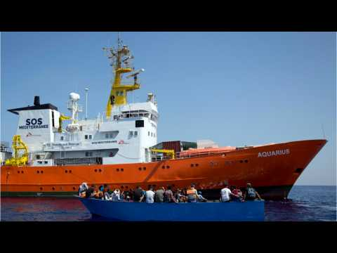 Stranded Migrants Face 4 Day Journey To Spain