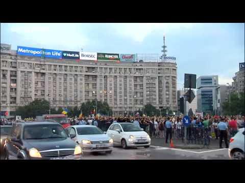 Thousands protest as Romanian powerbroker sentenced