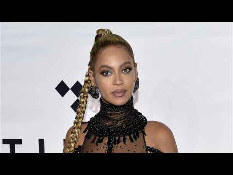 Elton John & Beyoncé To Record New 'Lion King' Song