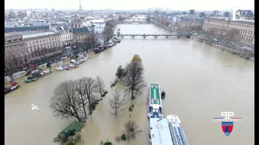 Illustration pour la vidéo Crue de la Seine : des images spectaculaires prises d'un drone