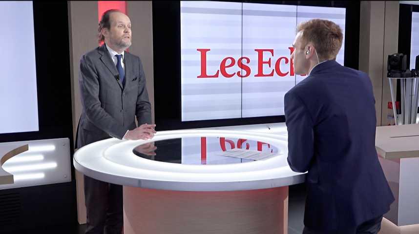 Illustration pour la vidéo Emmanuel Macron, bon ou mauvais client pour les humoristes ? L'analyse du producteur Jean-Marc Dumontet