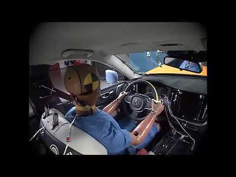 The new Volvo XC60 Small overlap crash test