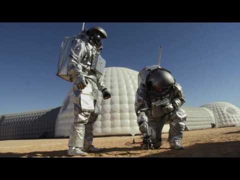 In Oman desert, European venture sets sights on Mars