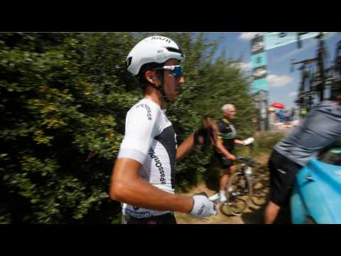 Tour De France Cyclist Ejected For Punching Opponent