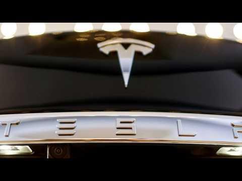 Tesla Adding In-Car Atari Games