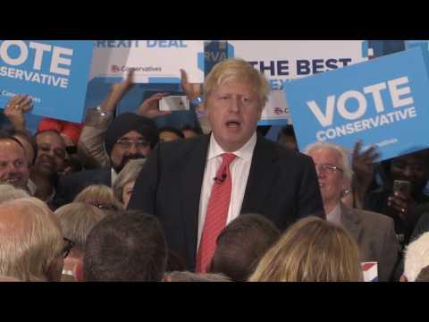 Theresa May Opts Not To Condemn Boris Johnson For Calling For A Burqa Ban