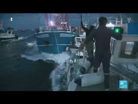 French and British fishermen skirmish over shellfish in 'scallop war'