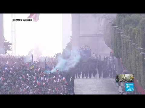 French National team arrives at the Champs-Élysées