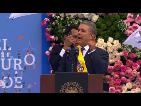 Colombia's new leader plans changes to FARC peace deal