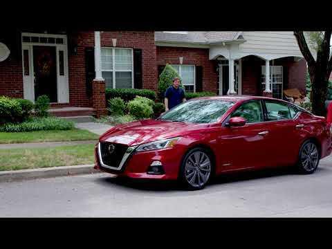 Nissan Rear Door Alert honks to remind drivers