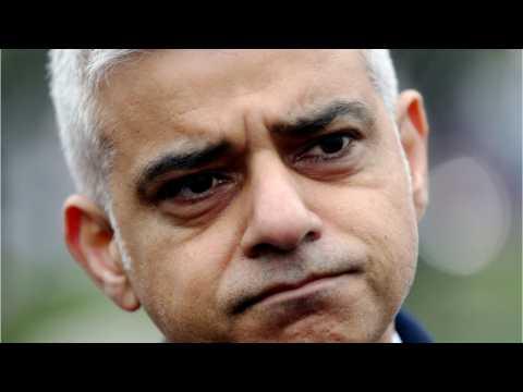 Blimp Of London Mayor In Yellow Bikini To Fly Over UK Capital