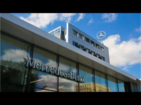 Mercedes Holds Lead Over BMW In U.S. Luxury Car Sales