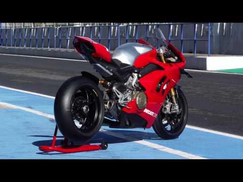 Ducati Panigale V4 R International Press Test Jerez