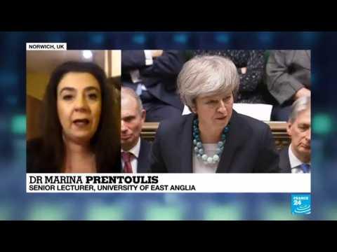 Brexit talks: PM delays parliament vote on UK exit deal
