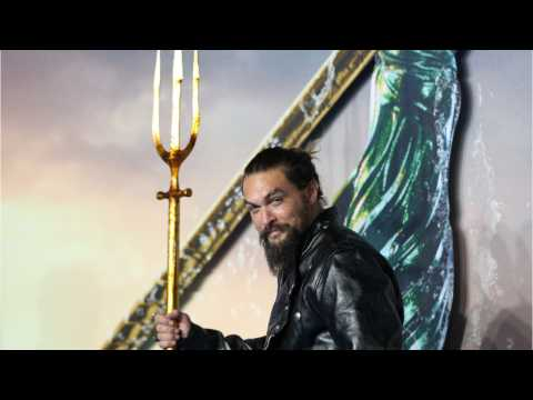 Aquaman Jason Momoa Describes Costume's Bodily Challenges