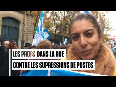 """""""On n'est pas des super-héros"""" : des profs dans la rue contre les suppressions de postes"""