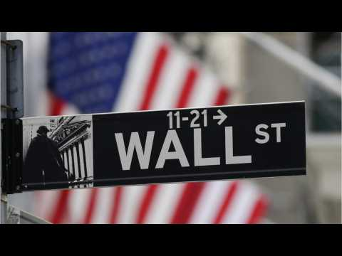 Wall Street Sees Small Gains After Release Of Fed Minutes