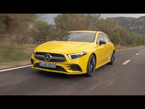Mercedes-AMG A 35 4MATIC in Sun yellow Driving Video
