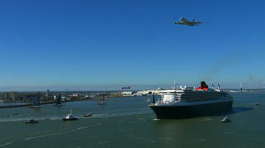 Illustration pour la vidéo The Bridge: le Queen Mary 2 affronte quatre maxi-trimarans