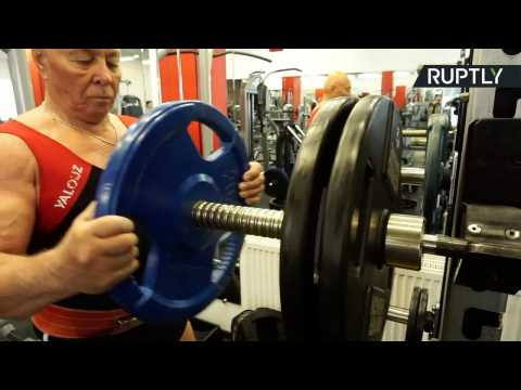 76-yo Russian Powerlifter Proves 'Age Doesn't Mean a Thing'