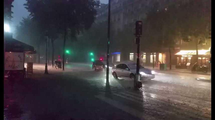 Illustration pour la vidéo Orages : un record de pluie en Île-de-France