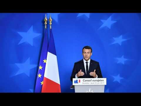 """Macron : """"Nous devons accueillir des réfugiés, c'est notre tradition et notre honneur"""""""