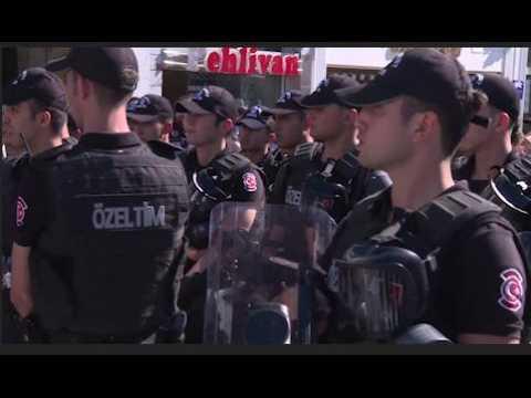 En Turquie, la police empêche aux manifestants de participer à la Gay Pride