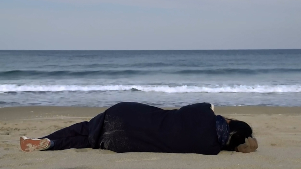 Seule sur la plage la nuit - bande annonce 2 - VOST - (2018)