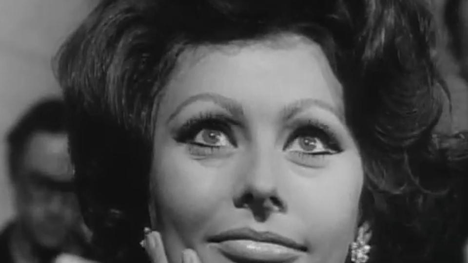 La Comtesse de Hong Kong - bande annonce 2 - VOST - (1967)