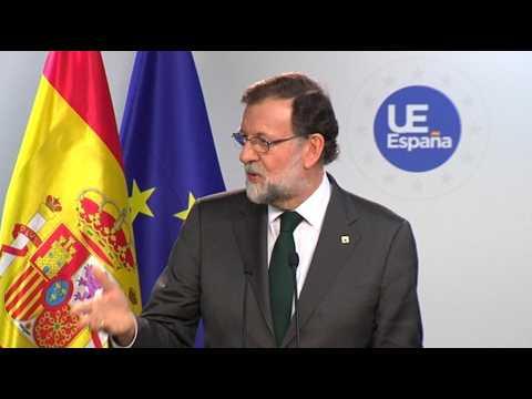 """Crise politique en Catalogne : """"Nous avons atteint une situation limite"""" se justifie Rajoy"""