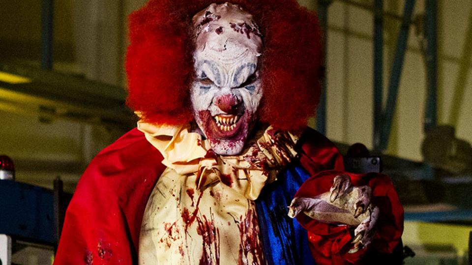 La Nuit des clowns tueurs - bande annonce - VO - (2016)