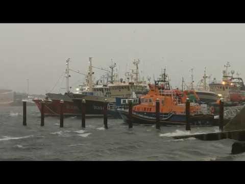 Irlande : les premières images de l'ouragan Ophelia