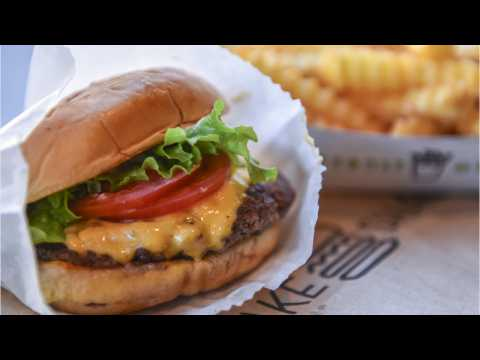 Salad Chain Backed by Shake Shack Expands Nationwide