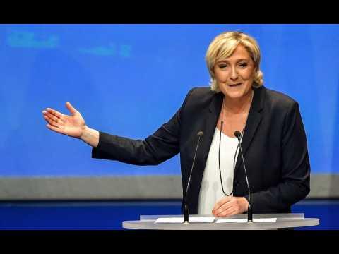 """Marine Le Pen veut renommer le FN en """"Rassemblement national"""""""