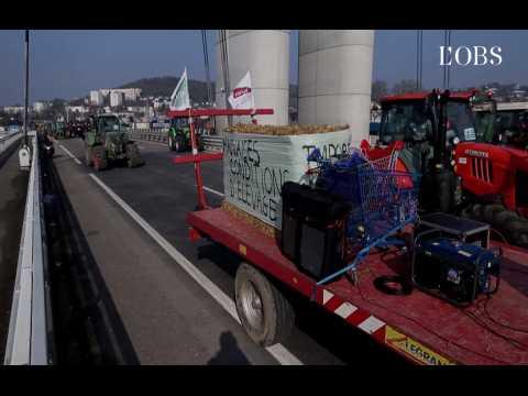 La pression des agriculteurs français sur Macron contre l'Amérique du sud