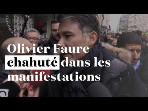Toutes les fois où Olivier Faure (PS) a été hué et exfiltré des manifestations