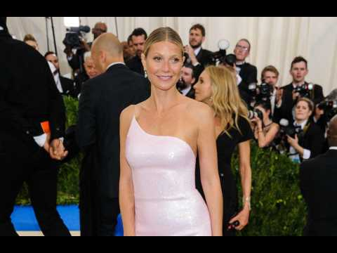 Gwyneth Paltrow can't 'imagine'  being in love with Chris Martin