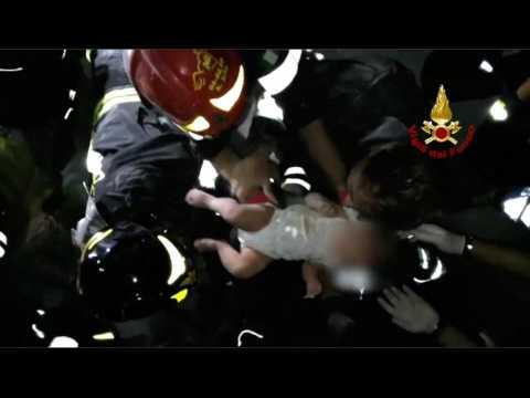 Séisme à Ischia en Italie : un bébé sorti vivant des décombres par les pompiers