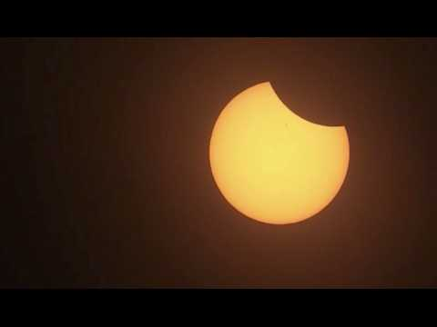 L'éclipse totale débute aux Etats-Unis