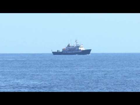 Boat of right-wing group tries to thwart NGO rescue efforts