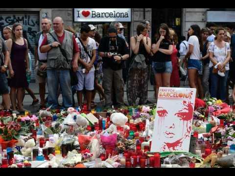 Conducteur identifié, fugitif introuvable... Le point sur l'enquête sur l'attentat de Barcelone