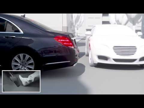 The new Mercedes-Benz S-Class - Active Parking Assist with rear cross traffic alert   AutoMotoTV