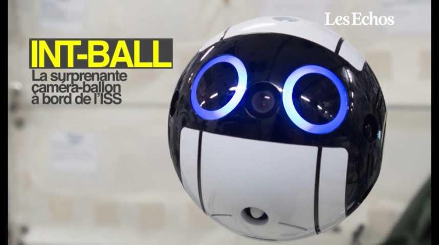 Illustration pour la vidéo Int-Ball, la surprenante caméra-drone à bord de l'ISS