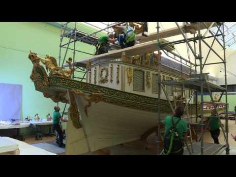 Napoleon's imperial boat prepares to move
