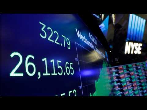 Wall Street Climbs Higher After Investors Shake Off Trade War