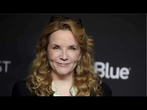 Lea Thompson Pitched A 'Howard the Duck' Reboot To Marvel And They Loved It